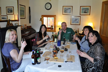whisky-boy-jim-and-girl-guest-tasters