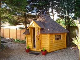 whisky-cabin