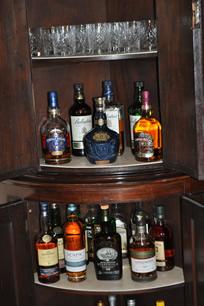 chivas-corner-drinks-cabinet