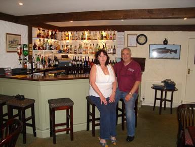 jacqueline-and-whisky-boy-jim-in-taychreggan-bar