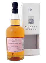 wemyss-malts-bench-with-a-sea-view